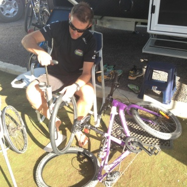 Rich bike repair01